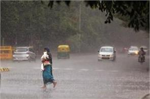 rain in many parts of delhi