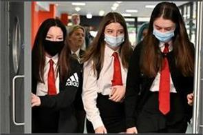 masks to be mandatory for english senior schools in lockdown