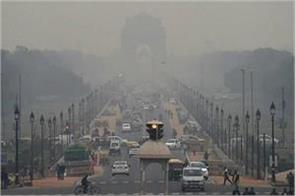 delhi air starts deteriorating aqi can be serious