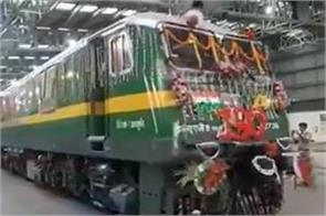 indian railways set record 150 rail engines built during corona epidemic