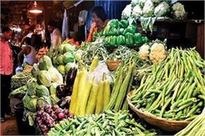 retail inflation for industrial workers declined to 5 63 in august