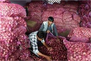 modi government strikes  surgical strike  on farmers by banning onion exports