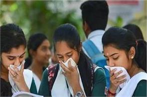 11 students found infected corona virus first day school in gujarat