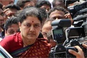 no place in aiadmk for sasikala
