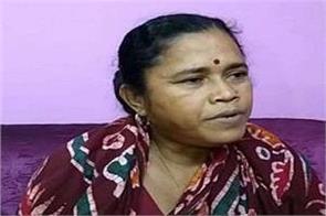 trinamool congress hurl bombs at residence bengal mla