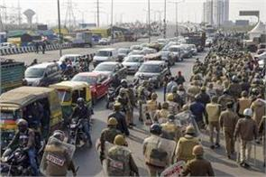 ghaziabad dm order protesters clear up ghazipur border
