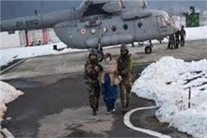 army rescue people from ladakh