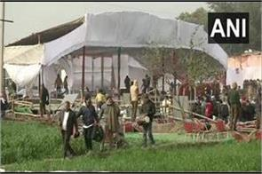 farmers ransacked khattar s kisan mahapanchayat program site