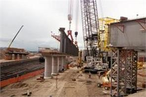 rs 4 02 lakh crore increase in cost of 448 infrastructure projects