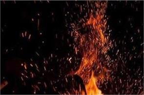 mumbai fire in junk warehouse in mankhurd