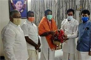 tamil nadu talks begin between aiadmk and bjp over seat sharing