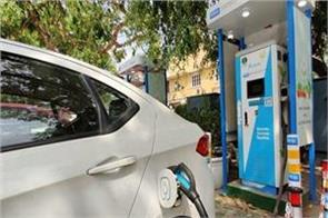 delhi government invited tender to build 100 charging stations for ev