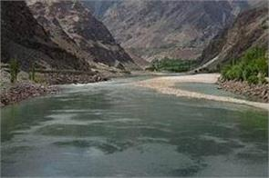 pakistan s delegation to visit india next week for talks on water issues