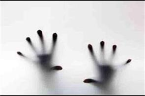 girl admitted in hospital after attempting suicide in jammu