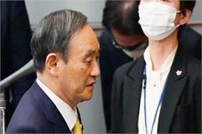 japanese prime minister s head of public relations resigns