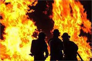 fire in old srinagar 6 house gutted