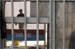 all prisoners of tihar jail will get corona vaccine