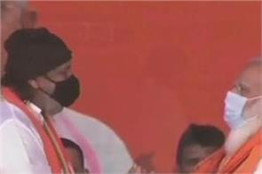 pm modi rally actor mithun chakraborty joins bjp
