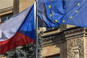 russia expels 20 czech diplomats as tensions escalate