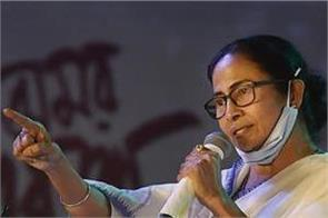 mamta banerjee goes out with convoy to take stock of booths in nandigram