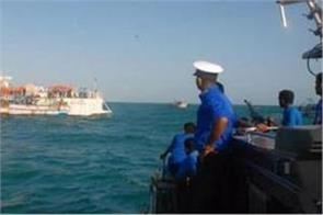 86 indians intercepted in sri lankan waters