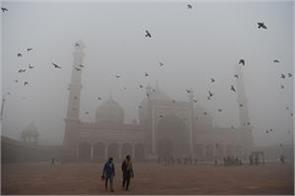 air quality in delhi is in  very bad  category possibility of improvement