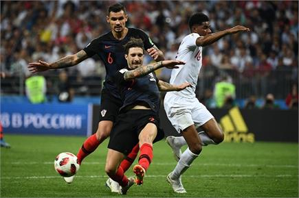 FIFA: फाइनल में पहुंचा क्रोएशिया, देखें मैच की कुछ तस्वीरें
