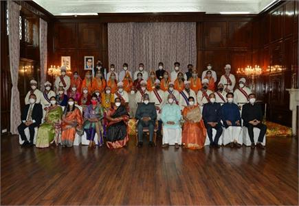 हिमाचल: राष्ट्रपति के सम्मान में सांस्कृतिक कार्यक्रम और रात्रि भोज...