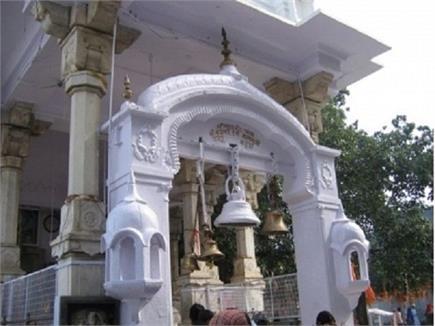 देवभूमि का एक ऐसा मंदिर जहां बिना ईंधन जलती है ज्योत