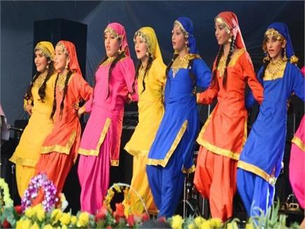 SHIMLA FEST का धमाकेदार आगाज, गायक अनुज शर्मा ने जीता दर्शकों का दिल...