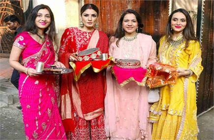 Karwa Chauth: अपनी राशि अनुसार चुनें ड्रेस कलर