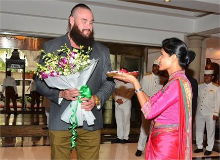 देखें भारत दौरे पर आए ब्राॅन स्ट्रोमैन की कुछ अनदेखी तस्वीरें