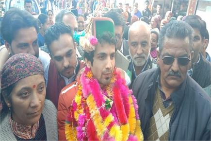 Indian Idol फेम अंकुश भारद्वाज का जनता ने किया गर्मजोशी से स्वागत...