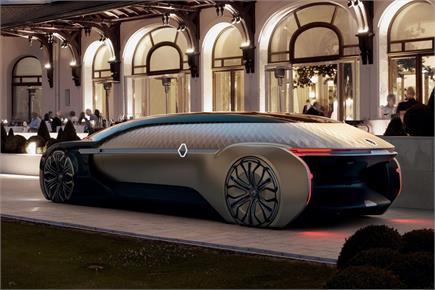 बिना ड्राइवर रोबो टैक्सी में Renault लाई 'लग्जरी होटल'