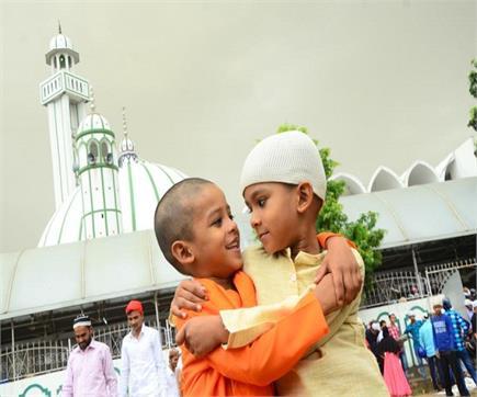 तस्वीरों में देंखे चंडीगढ़ में मनाई गई ईद का नजारा