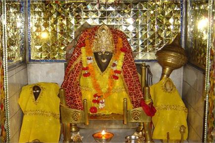 पांडव कालीन मां बगलामुखी में हवन से होते हैं कष्ट दूर (Watch Pics)