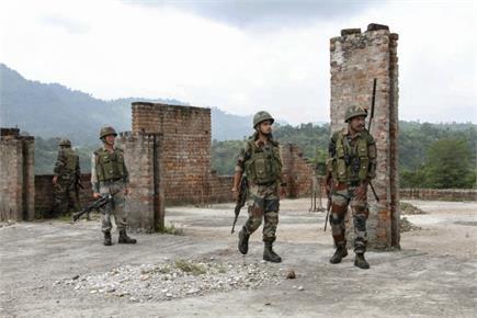 जम्मू-कश्मीर में आतंकियों के खिलाफ सुरक्षाबलों और पुलिस का ज्वाइंट...