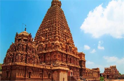 देश के इन खूबसूरत मंदिरों की भव्यता आपको कर देगी हैरान