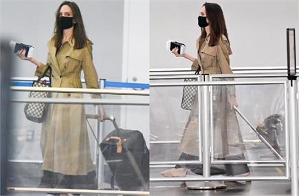 एयरपोर्ट पर स्पॉट हुई एंजेलिना जोली, ब्राउन लॉन्ग कोट में दिखा...