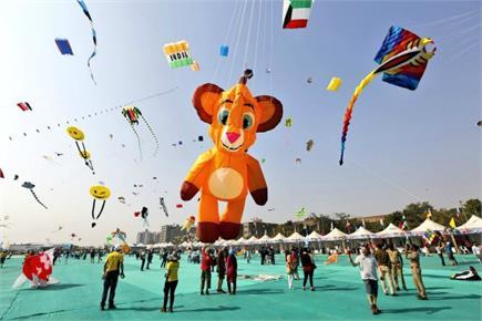 अंतर्राष्ट्रीय पतंग महोत्सव 2019: अहमदाबाद के आसमान में टकराए...