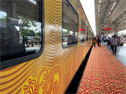 देश की पहली कॉर्पोरेट ट्रेन तेजस को मिली हरी झंडी, मिलेगी एयरलाइंस...
