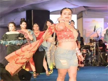 शिमला समर फेस्टिवल में ग्लैमर का तड़का, देखें तस्वीरें