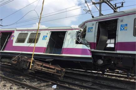 हैदराबाद: आमने-सामने टकराईं दो ट्रेनें, गलत सिग्नल से हुआ हादसा