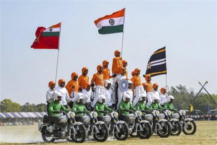 सेना सेवा कोर का 258वां स्थापना दिवसः बेंगलुरु में अपनी ताकत दिखाते...