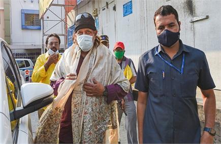 पश्चिम बंगाल में आखिरी चरण में मतदान, कोरोना काल में भी कम नहीं हुआ...