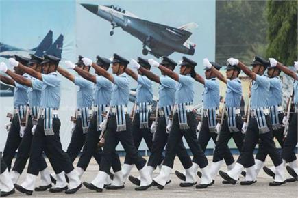 एयरफोर्स डेः वायुसेना के जाबांजों ने फुल ड्रेस में की रिहर्सल, दिखाई...