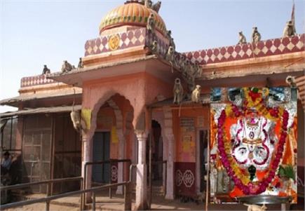 भगवान गणेश का ये मंदिर हैं कुछ खास, गणपति की है खास प्रतिमा