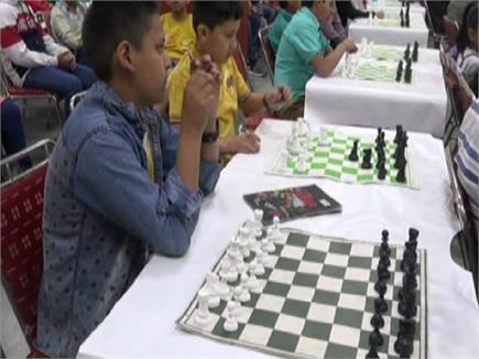 गुजरात की तरह हिमाचल के पाठ्यक्रमों में भी शामिल होगा चेस का खेल(PICS)