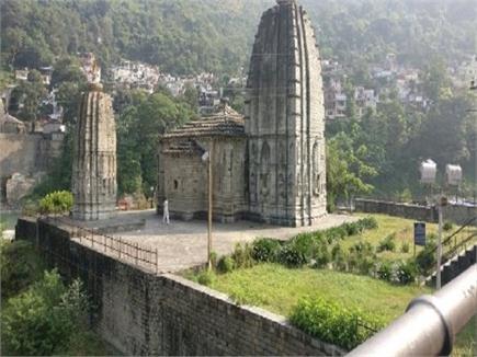 मंडी के शैव भवनावशेशों में पंचवक्र महादेव का मंदिर माना जाता है सबसे...