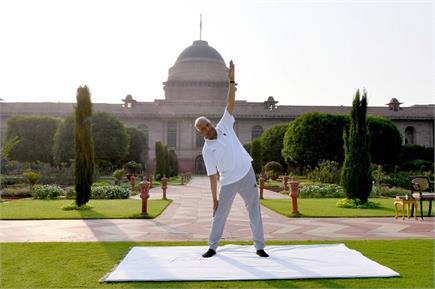 International yoga Day- राष्ट्रपति-मंत्री से लेकर जवान...सबने किया योग